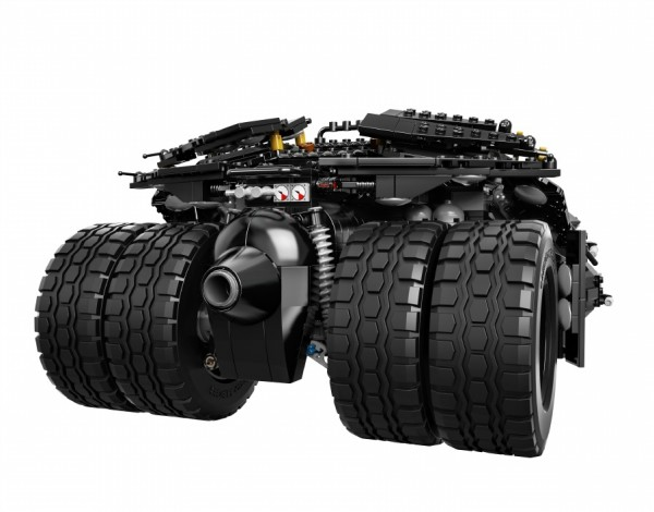 lego-batman-the-dark-knight-tumbler-batmobile-rear