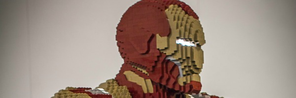 lego-iron-man-comic-con-slice