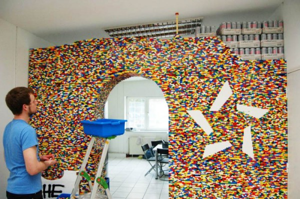 lego-kitchen-passagway