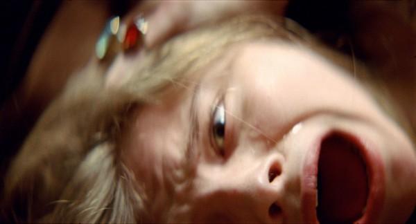 let_me_in_movie_image_chloe_moretz_01