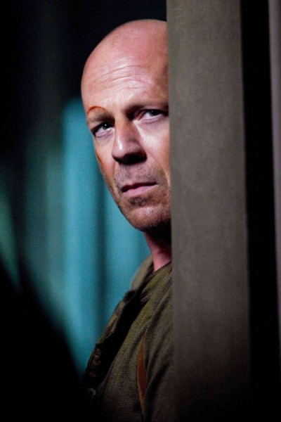 live-free-or-die-hard-movie-image-bruce-willis-02