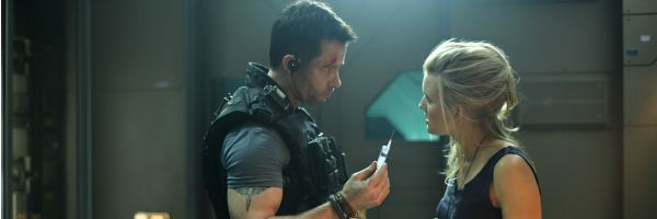 lockout-guy-pearce-maggie-grace-slice