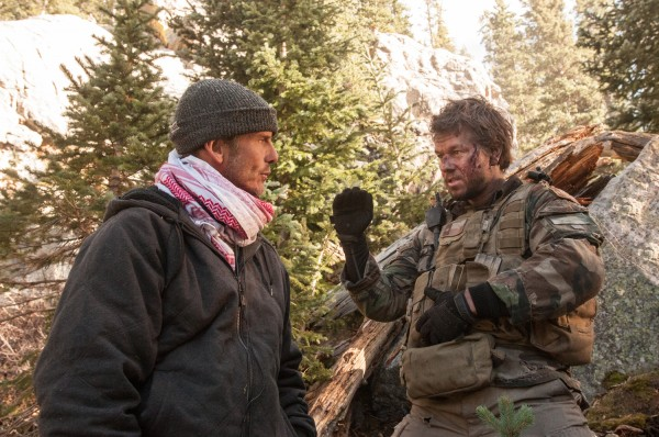 lone-survivor-mark-wahlberg-peter-berg