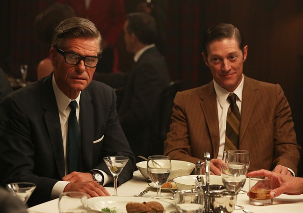 mad-men-favors-harry-hamlin-kevin-rahm
