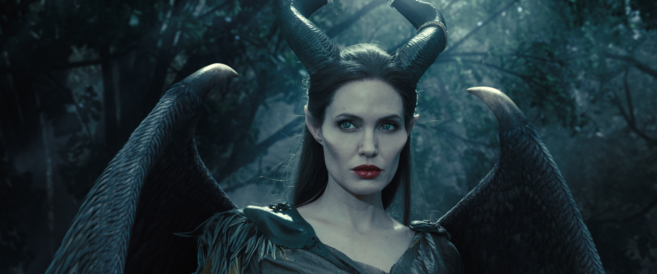 Maleficent Movie Clips And Behind The Scenes Footage Collider