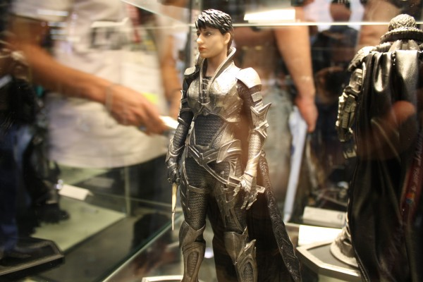 man-of-steel-toys-superman-faora