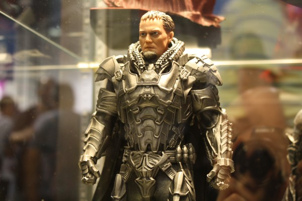 man-of-steel-toys-superman-michael-shannon-3