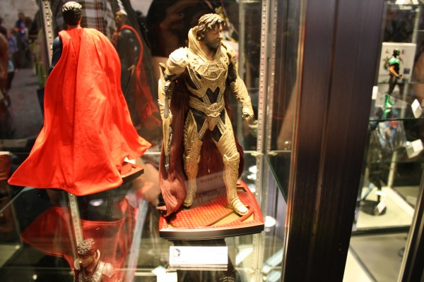 man-of-steel-toys-superman-russell-crowe-2