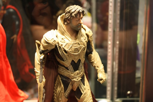 man-of-steel-toys-superman-russell-crowe