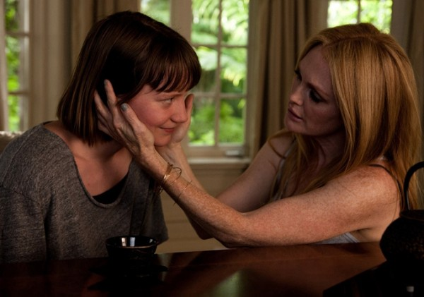 maps-to-the-stars-mia-wasikowska-julianne-moore