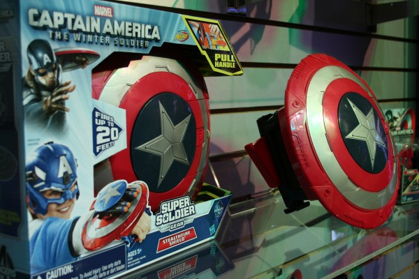 marvel-action-figures-toys-toy-fair (14)