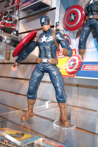 marvel-action-figures-toys-toy-fair (27)