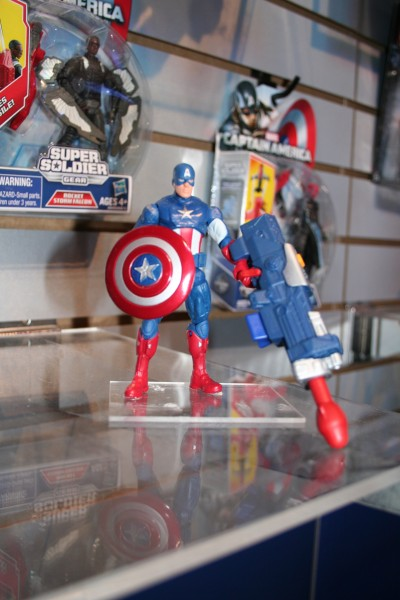 marvel-action-figures-toys-toy-fair (29)