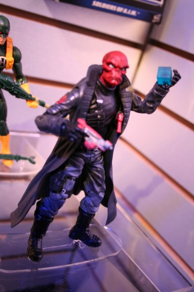marvel-action-figures-toys-toy-fair (9)