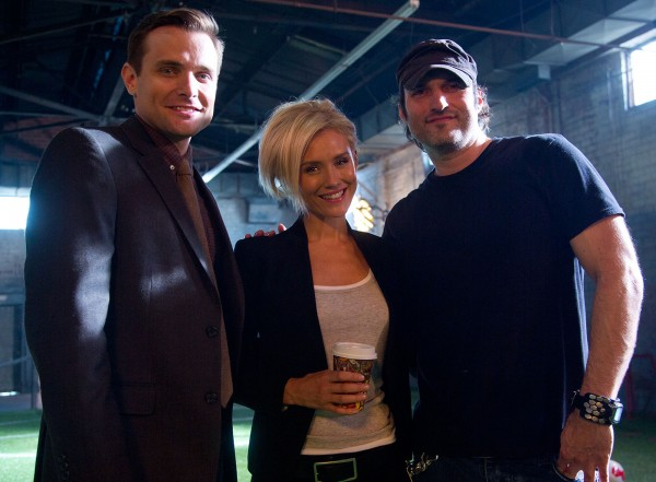 Matador - Neil Hopkins Nicky Whelan Robert Rodriguez
