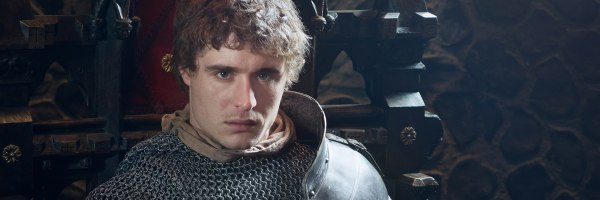 max-irons-the-white-queen-slice