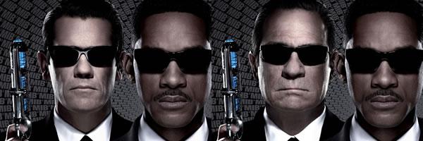 http://collider.com/wp-content/uploads/men-in-black-3-movie-posters-slice.jpg
