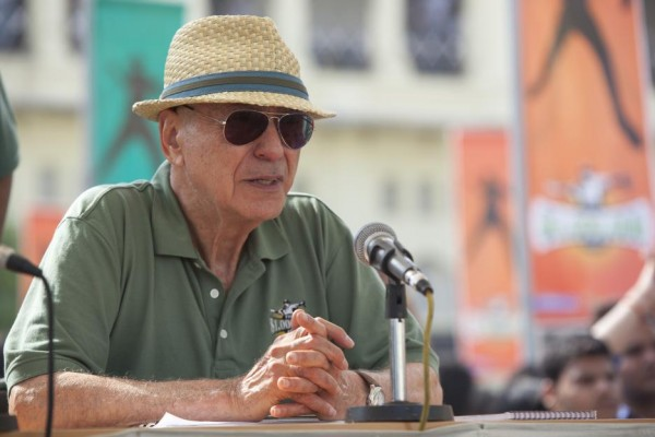 million-dollar-arm-alan-arkin