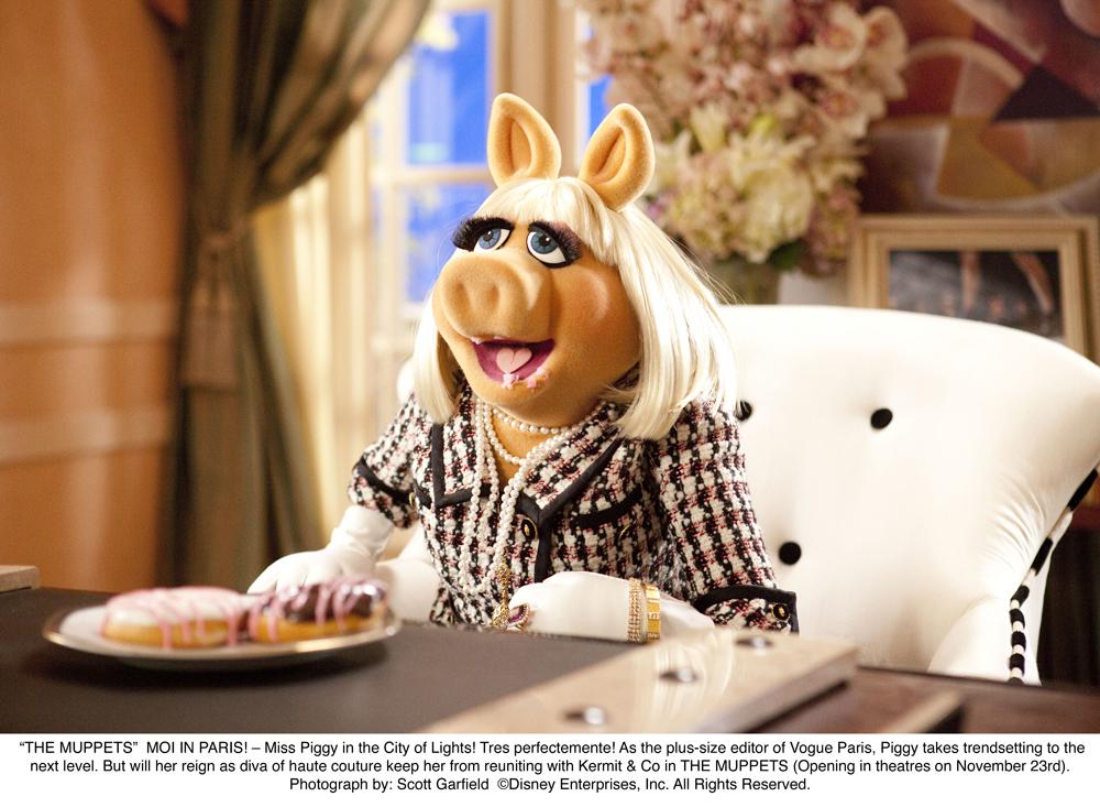 http://collider.com/wp-content/uploads/miss-piggy-the-muppets-movie-image.jpg