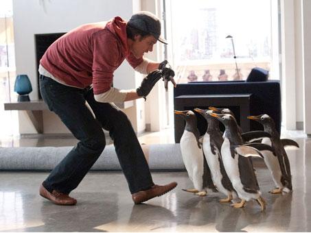 mr-poppers-penguins-movie-image-jim-carrey-04