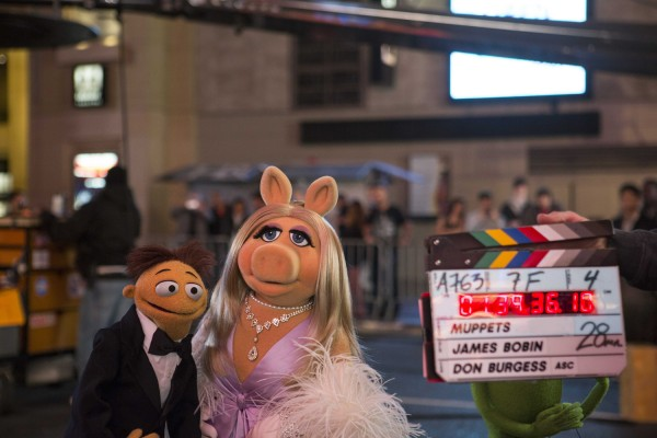 muppets-most-wanted-piggy-kermit