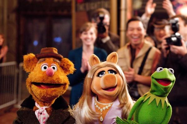 muppets-movie-image-fozzie-miss-piggy-kermit-01