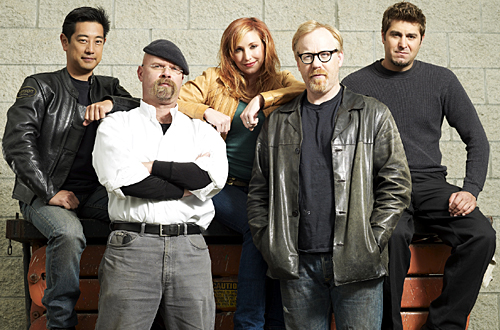 Show Talking Mythbusters-team
