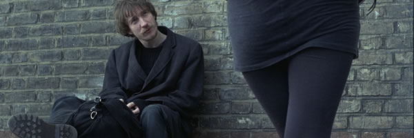 naked-movie-image-david-thewlis-slice-01
