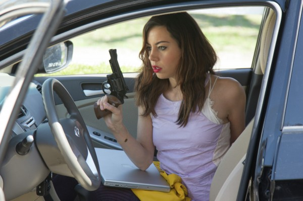 ned-rifle-aubrey-plaza