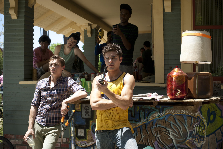 NEIGHBORS Trailer. NEIGHBORS Stars Seth Rogen, Zac Efron ...
