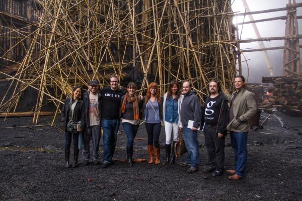 noah-set-visit-ark-group-photo