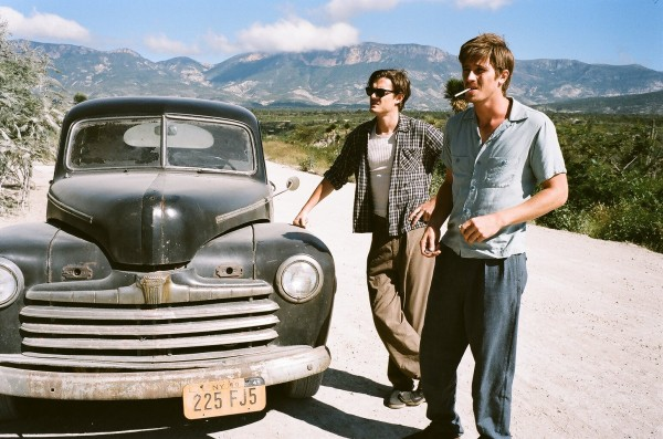 on-the-road-movie-image-sam-riley-garrett-hedlund-1