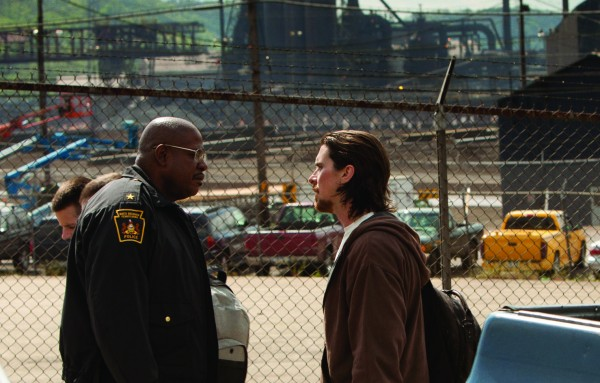 out-of-the-furnace-forest-whitaker-christian-bale-2