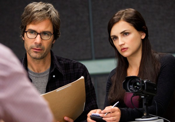perception-eric-mccormack-rachael-leigh-cook-1