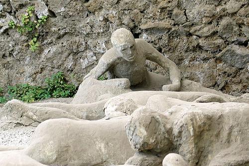 pompeii-vesuvius-image