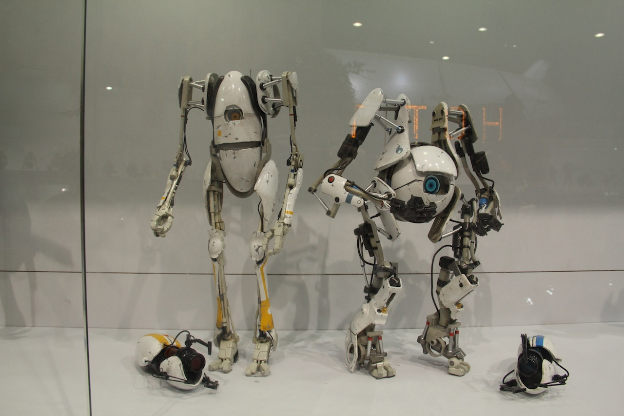 Portal 2 Action Figures For Atlas And P Body On Sale This