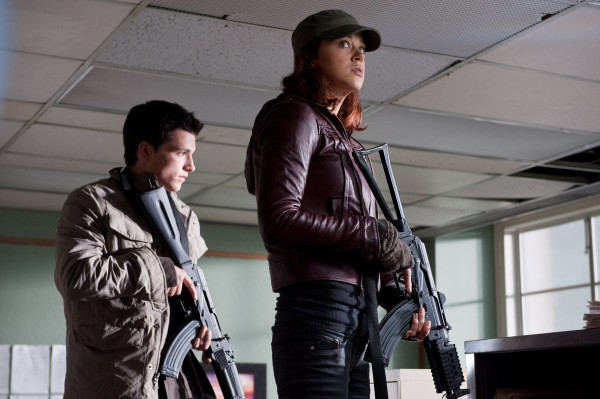 red-dawn-adrianne-palicki-josh-hutcherson