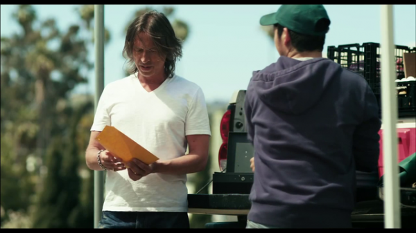 robert carlyle california solo