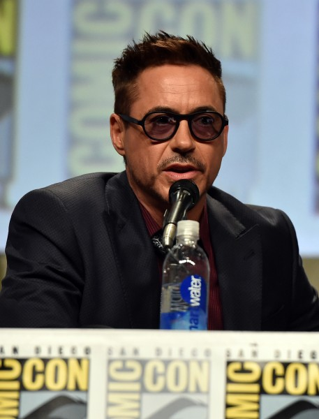 robert-downey-jr-avengers-age-of-ultron-comic-con