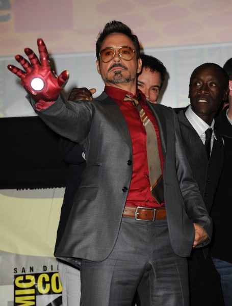 robert-downey-jr-comic-con-iron-man-3