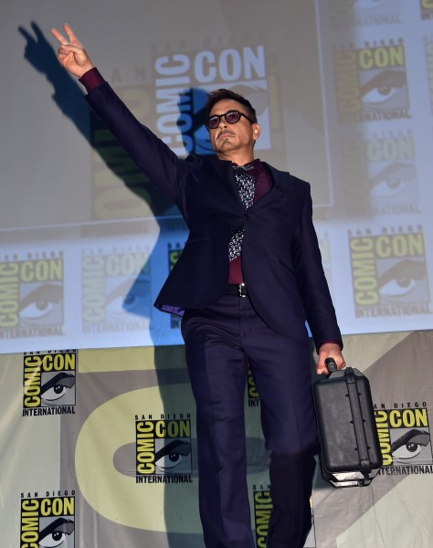 robert-downey-jr-comic-con-marvel-panel