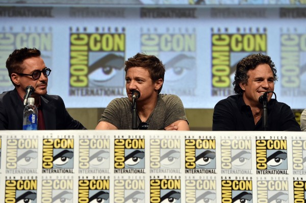 robert-downey-jr-jeremy-renner-mark-ruffalo-comic-con-avengers-2
