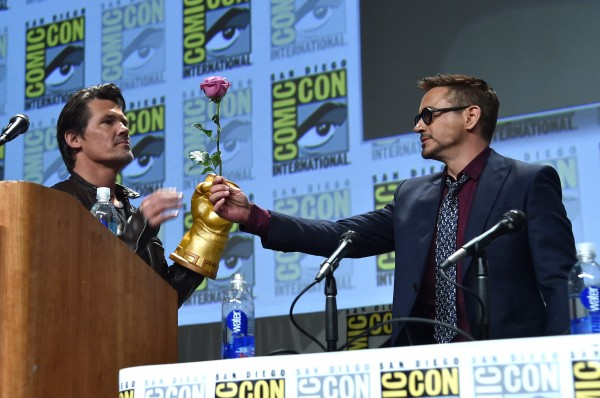 robert-downey-jr-josh-brolin-comic-con-avengers-2