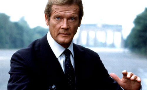 roger-moore-octopussy