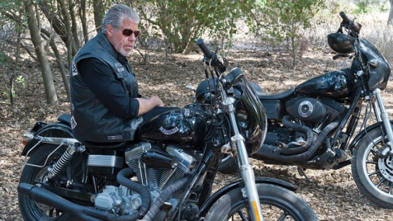 ron-perlman-sons-of-anarchy
