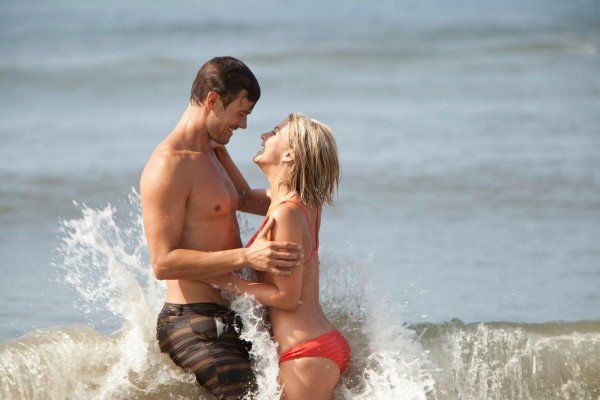 safe-haven-josh-duhamel-julianne-hough