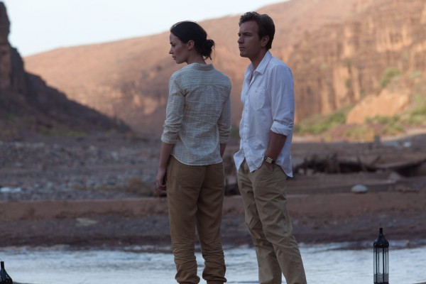 salmon-fishing-in-the-yemen-ewan-mcgregor-emily-blunt
