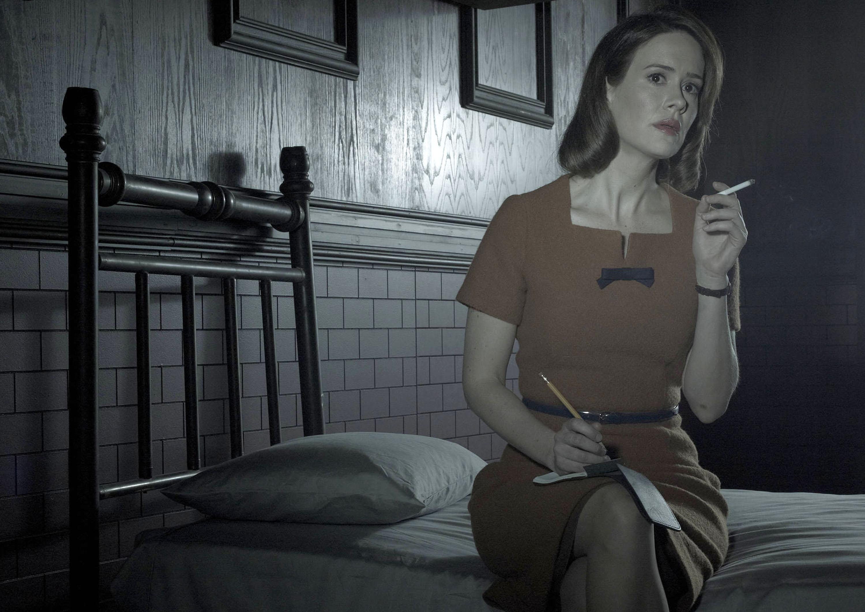 Sarah paulson american horror story roanoke