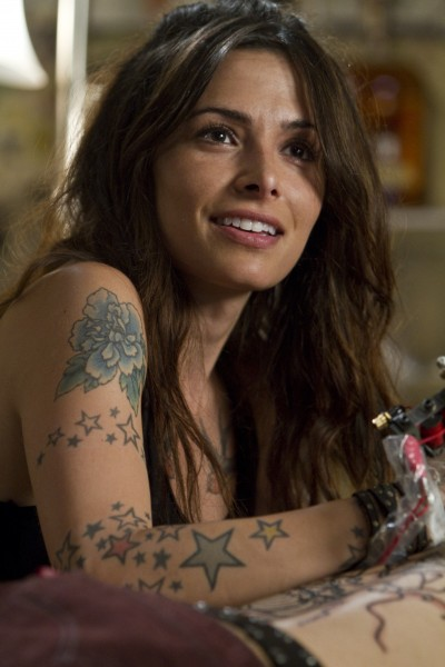sarah-shahi-bullet-to-the-head