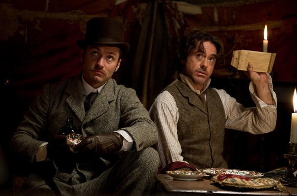 sherlock-holmes-2-movie-image-jude-law-robert-downey-01